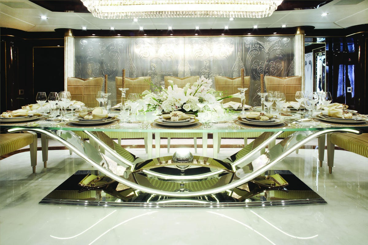 Formal Eating/dining On Yacht DIAMONDS ARE FOREVER