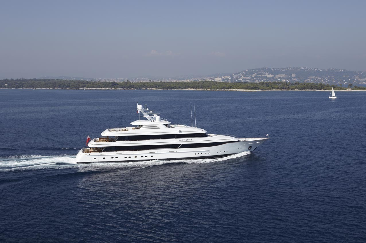Cruising Aboard Yacht LADY BRITT