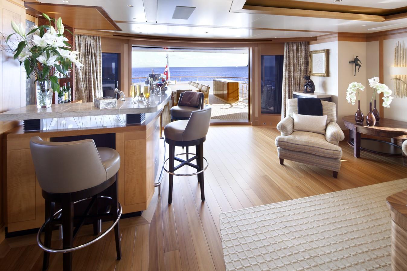 Drinks Bar On Board Yacht LADY BRITT