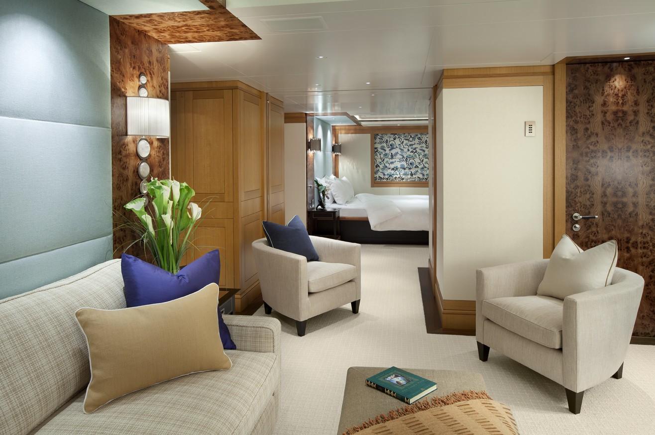 VIP Cabin Aboard Yacht LADY BRITT