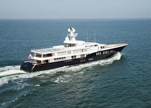 Overview: Yacht AIR's Cruising Captured