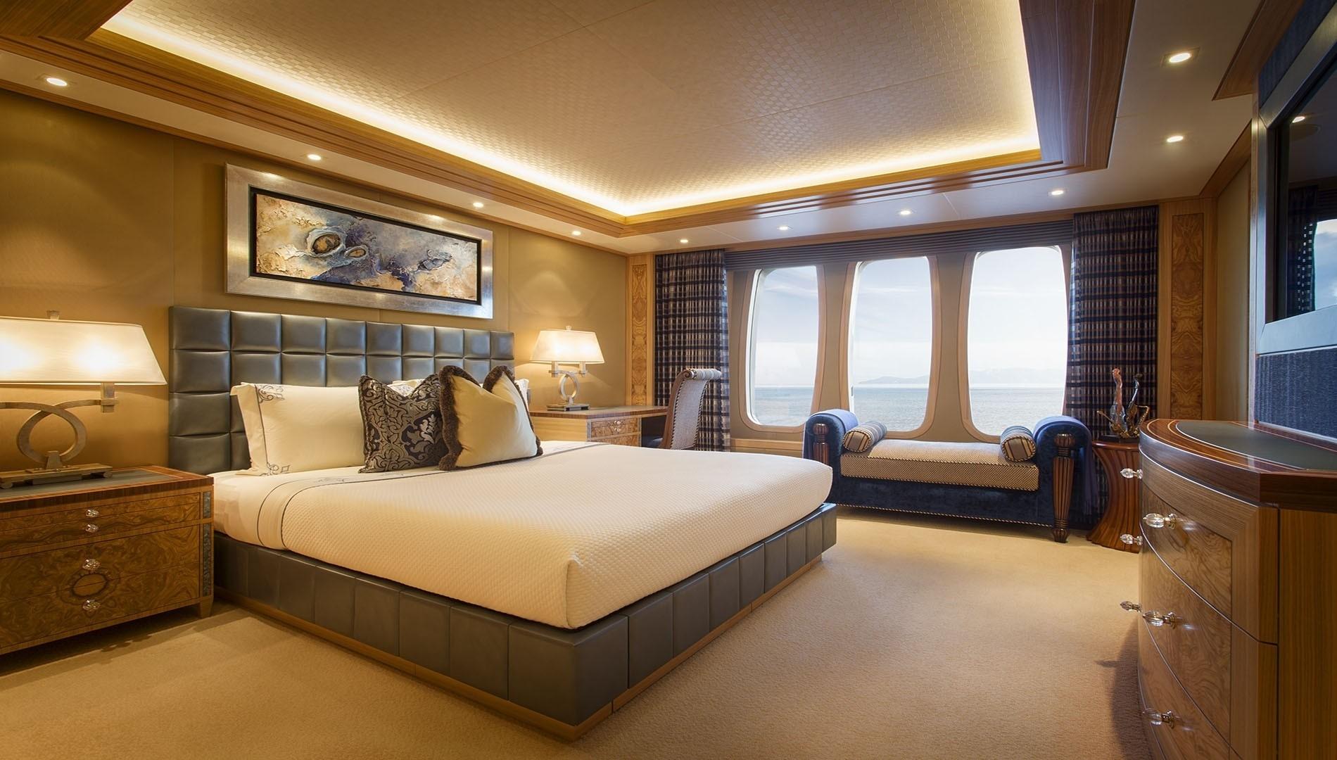 Double Sized Guest's Suite Aboard Yacht SOLANDGE
