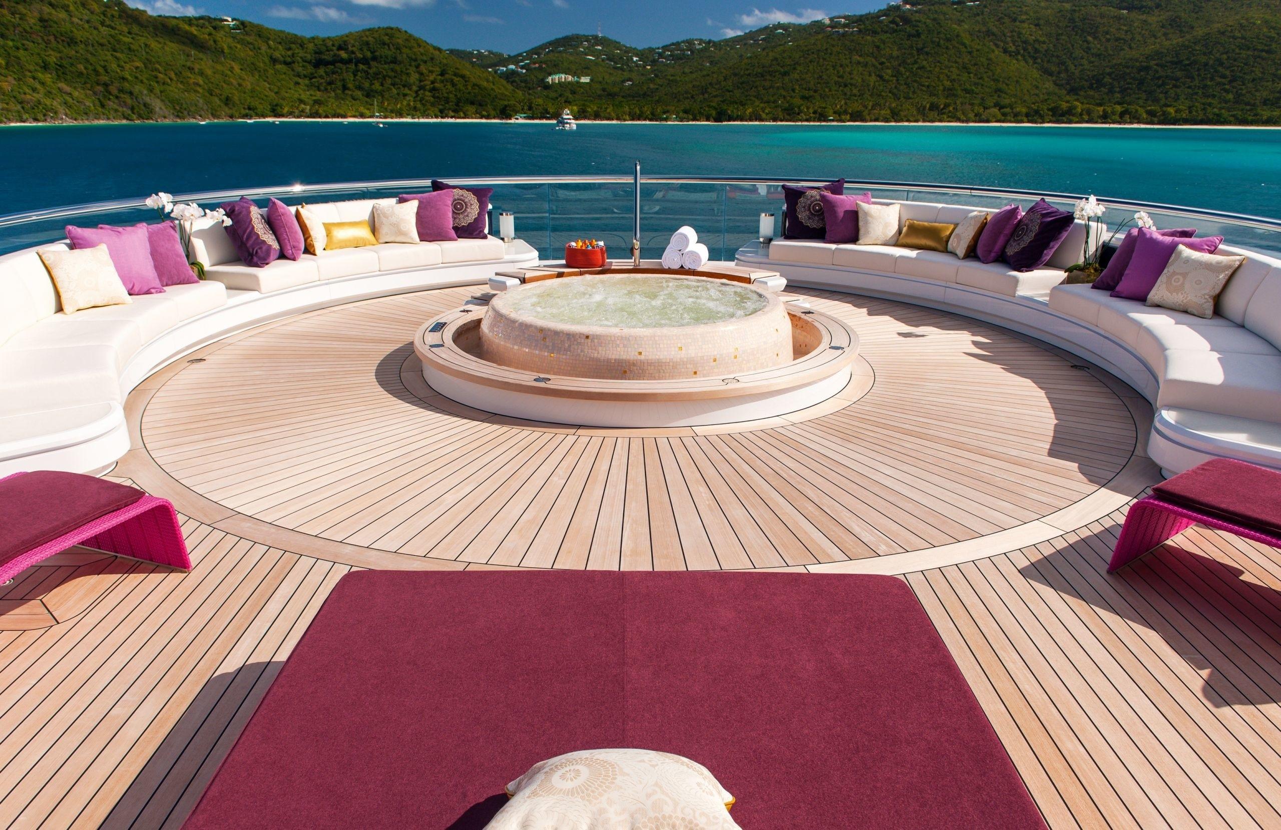 External Sitting With Jacuzzi Pool On Yacht SOLANDGE