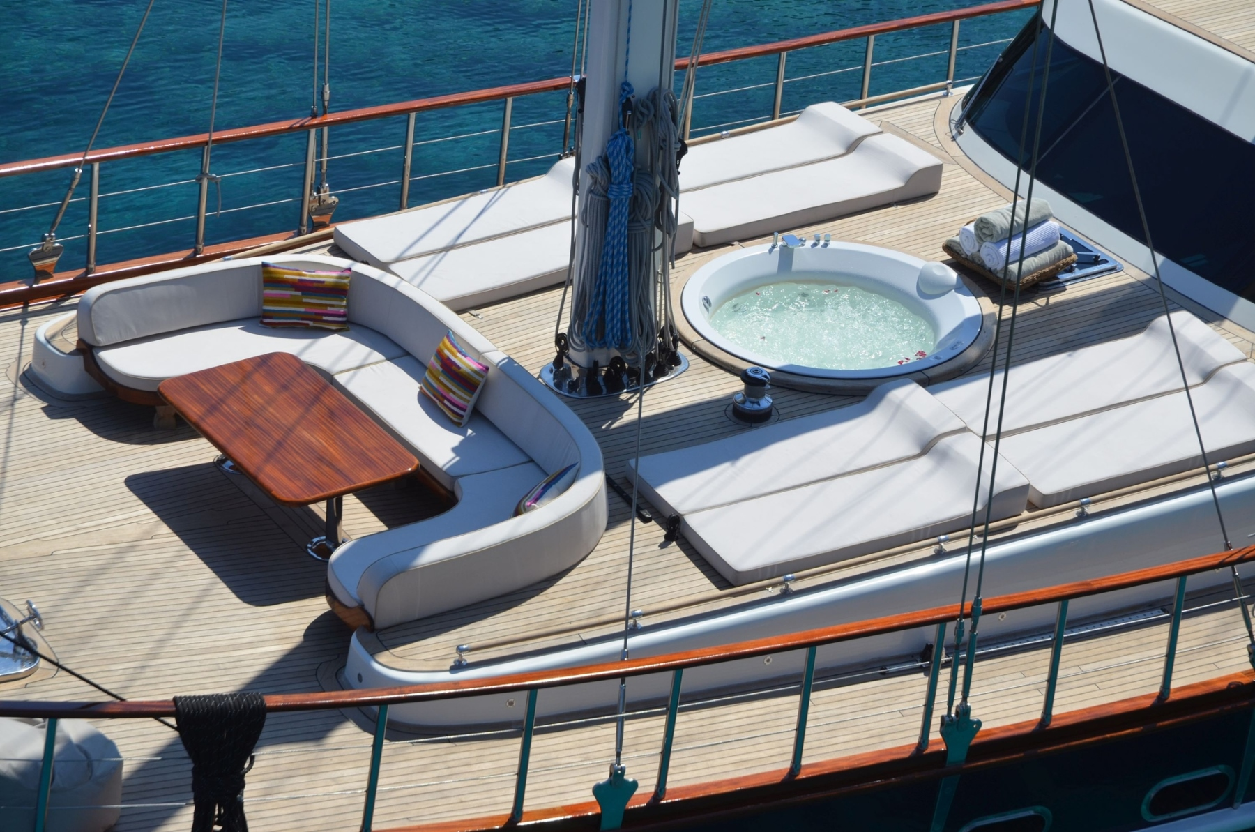 View of the foredeck
