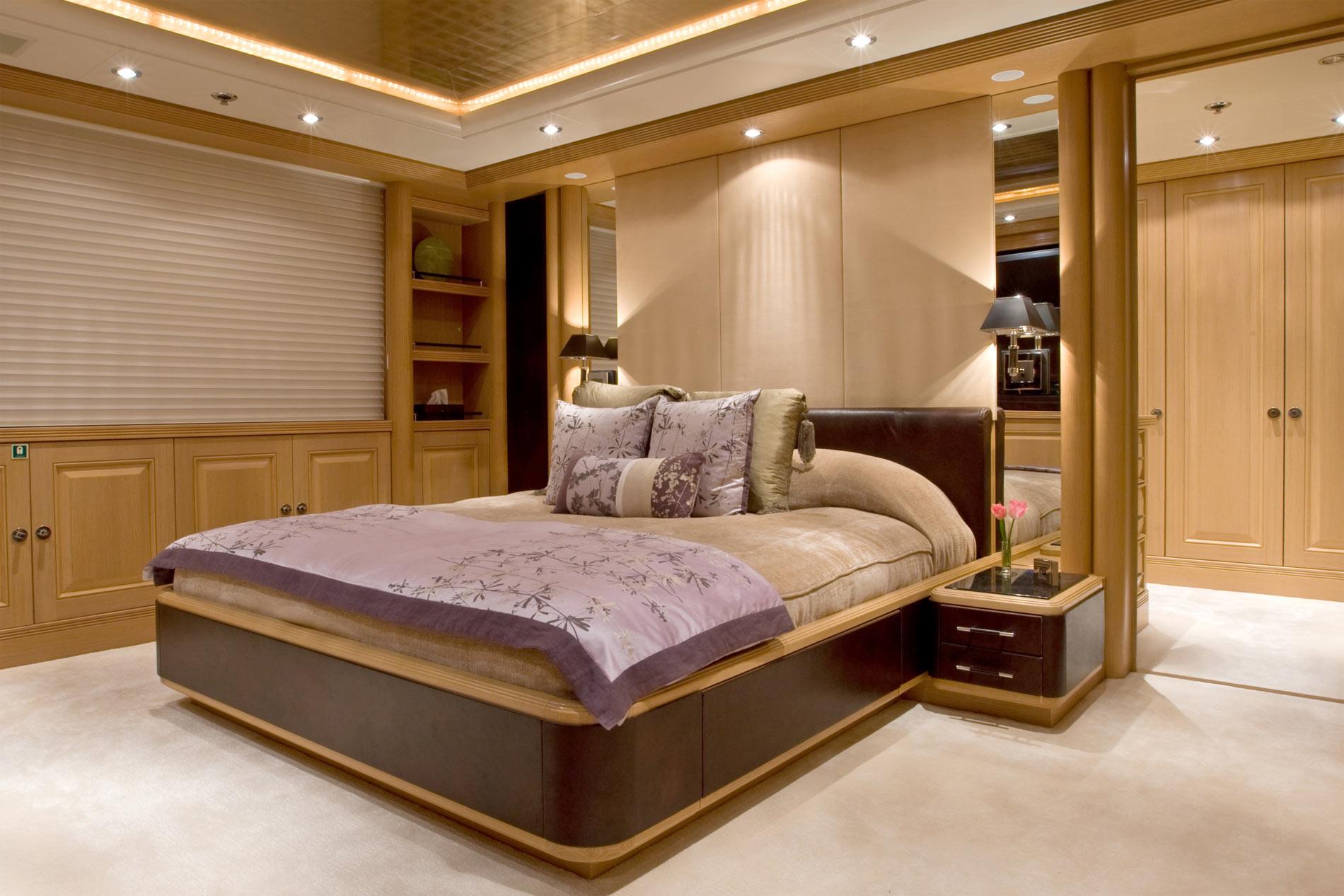 Double VIP Cabin