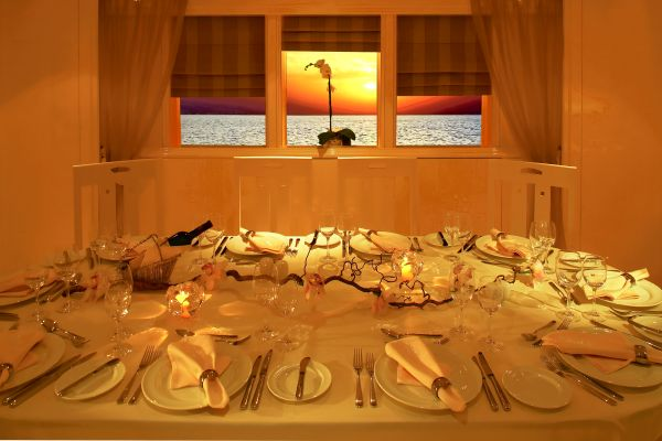 CARMEN SERENA_DINNER ON BOARD
