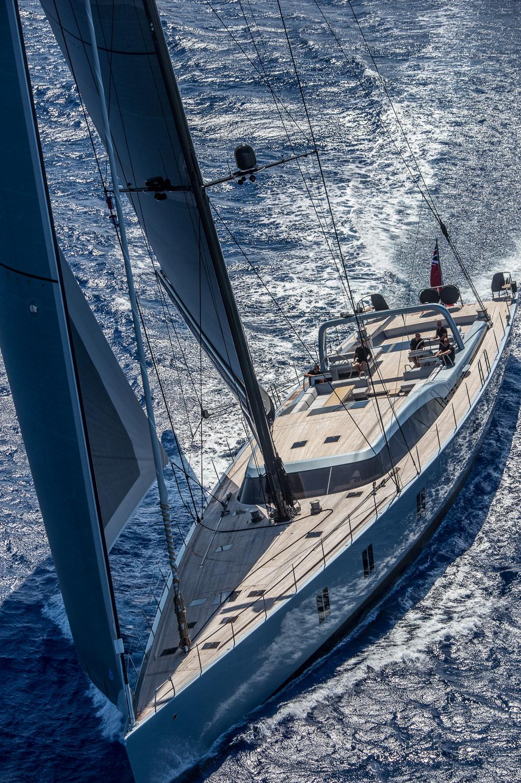 sailing yacht Sharlou