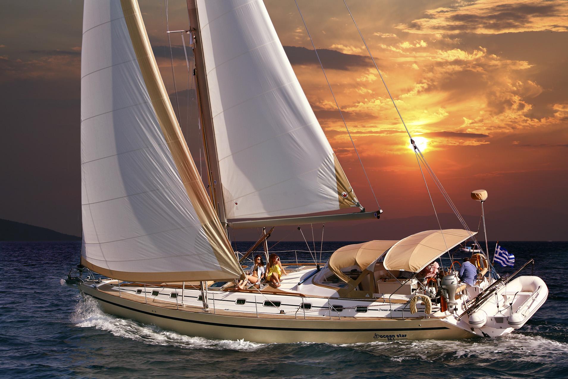Sailing Yacht MYTHOS sunset
