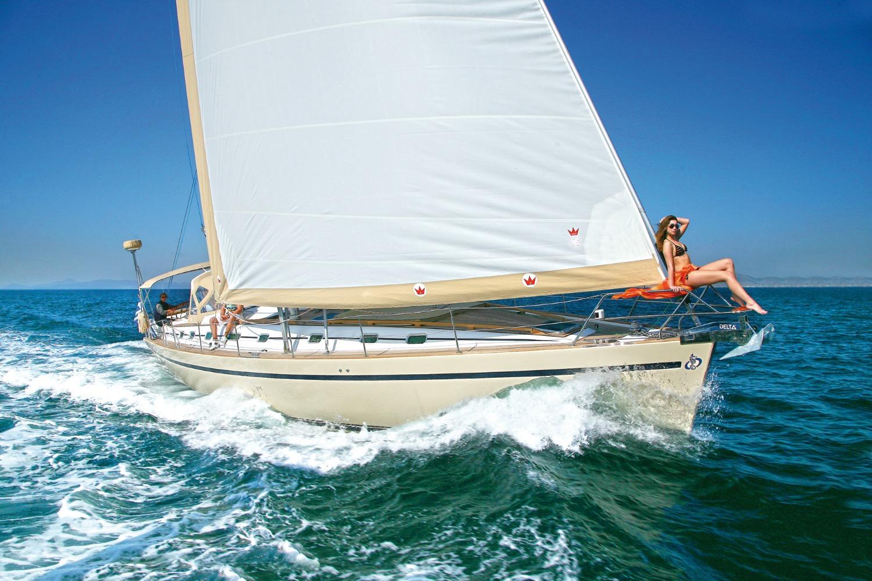 Sailing Yacht MYTHOS Bow