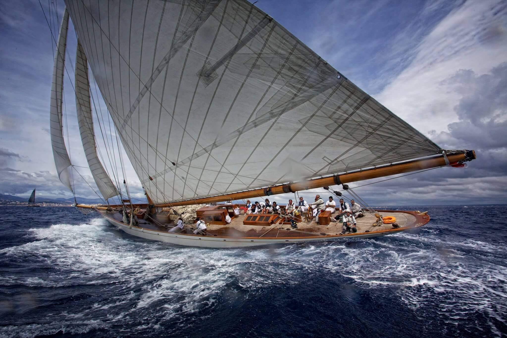William Fife YACHT 105' - MOONBEAM IV Sailing Yacht Charter