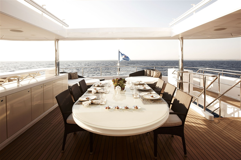 Yacht E&E By Vripack - Sundeck Alfresco