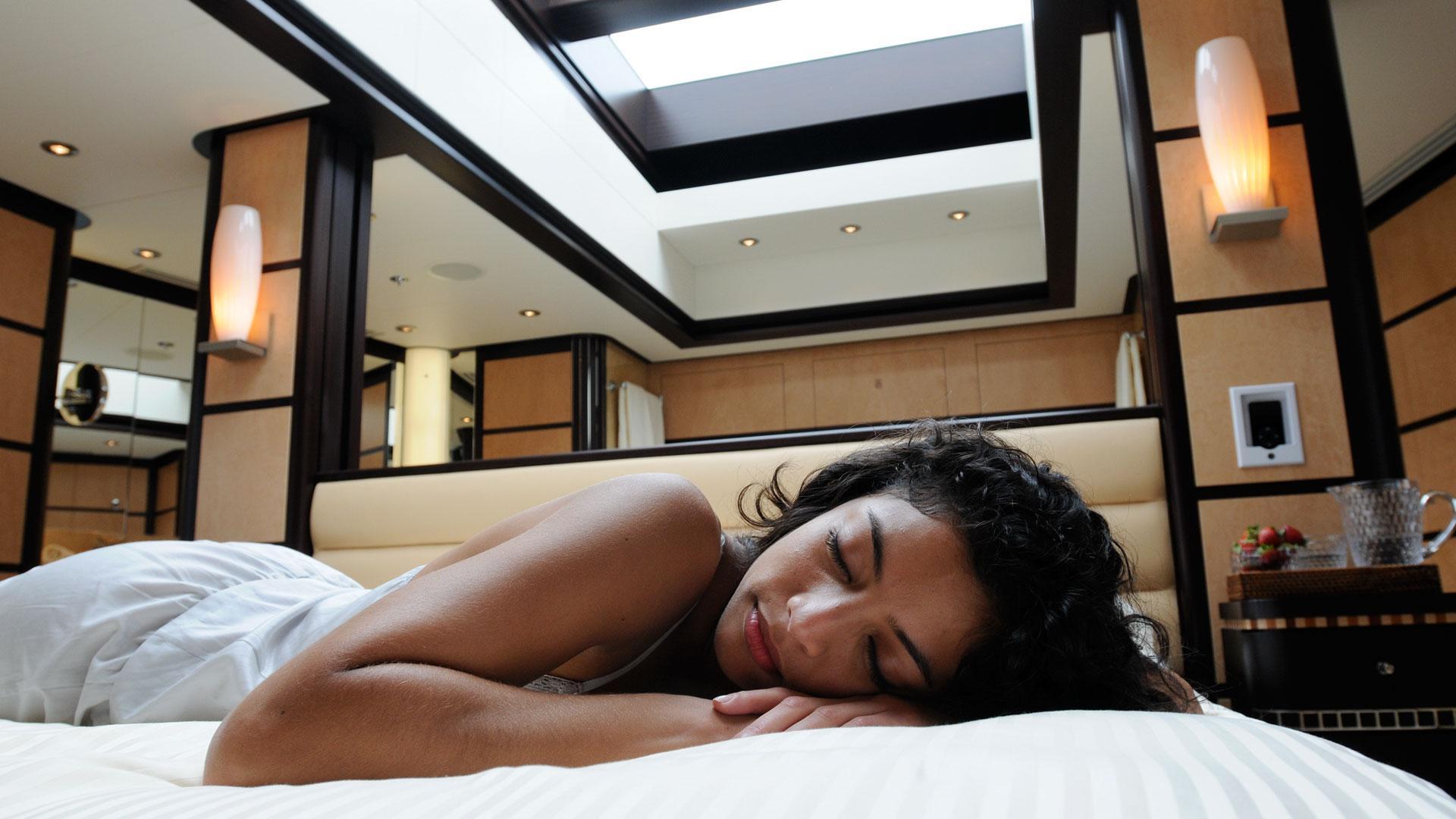 Yacht HARLE By Feadship - Sleeping