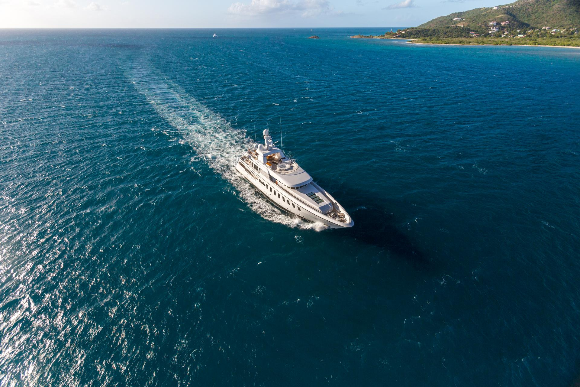 Yacht HARLE By Feadship - Underway From Above