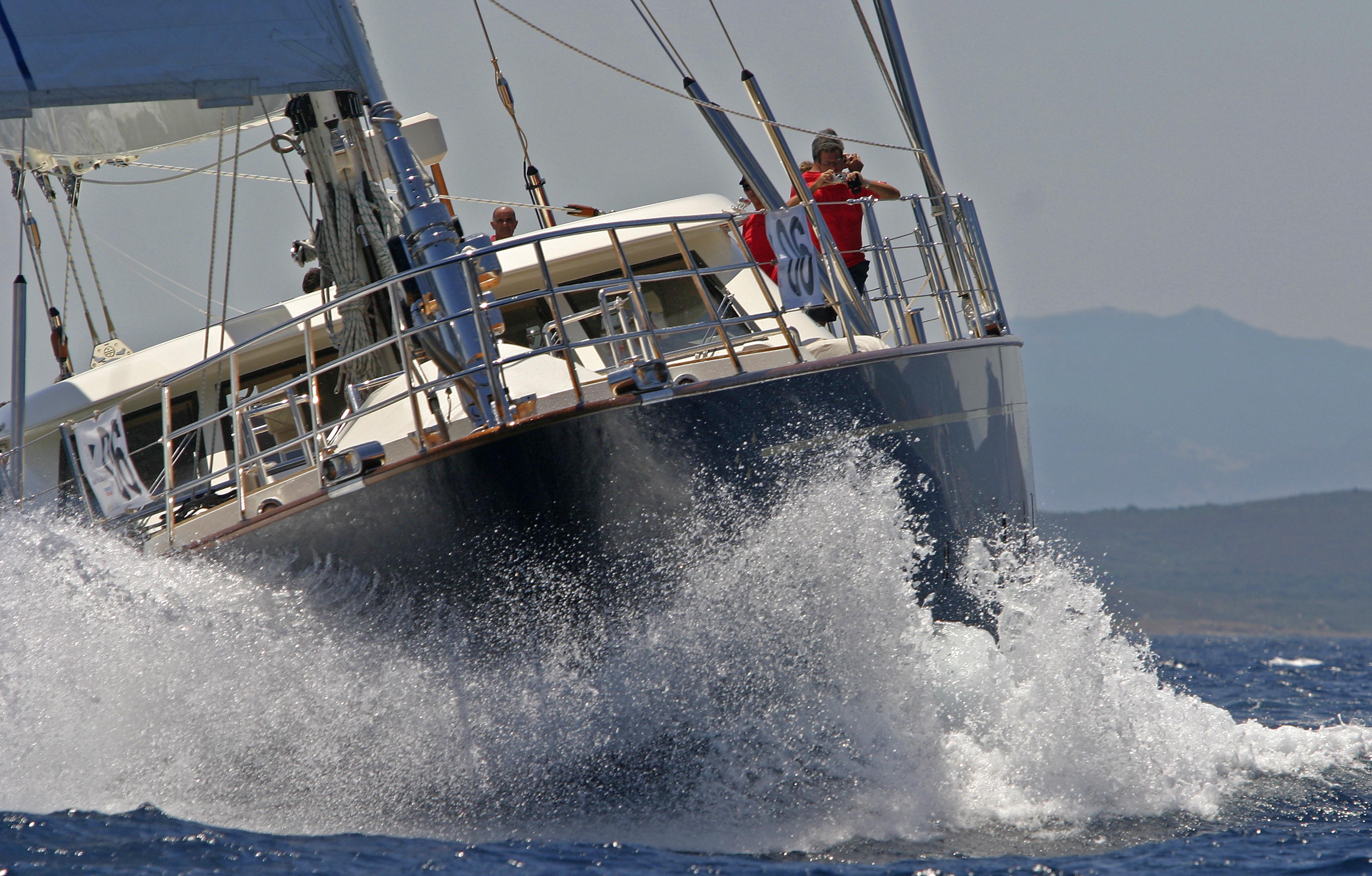 Yacht Heritage M By Pereni Navi - Sailing