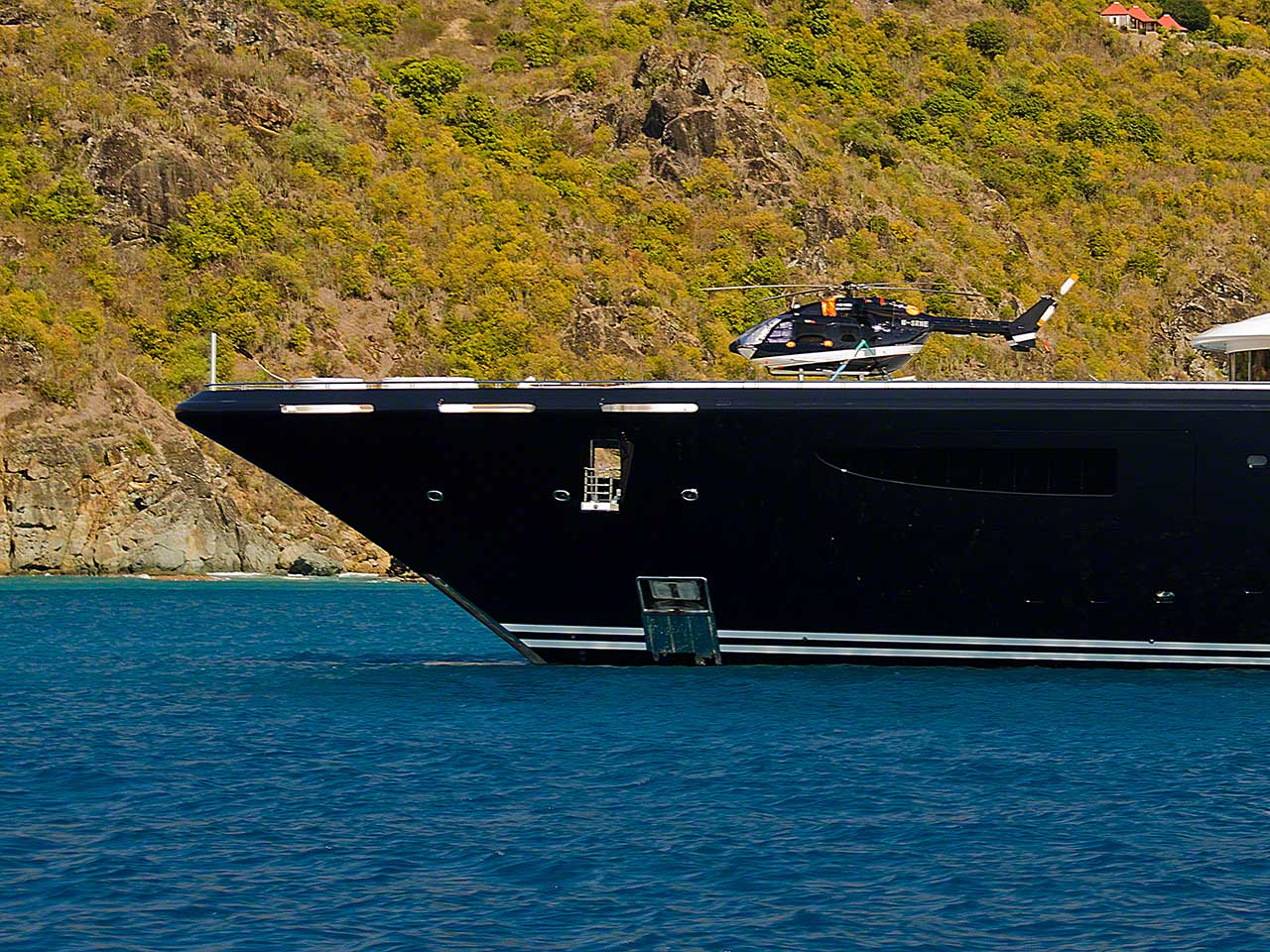 Yacht SERENE By Fincantieri - Helicopter