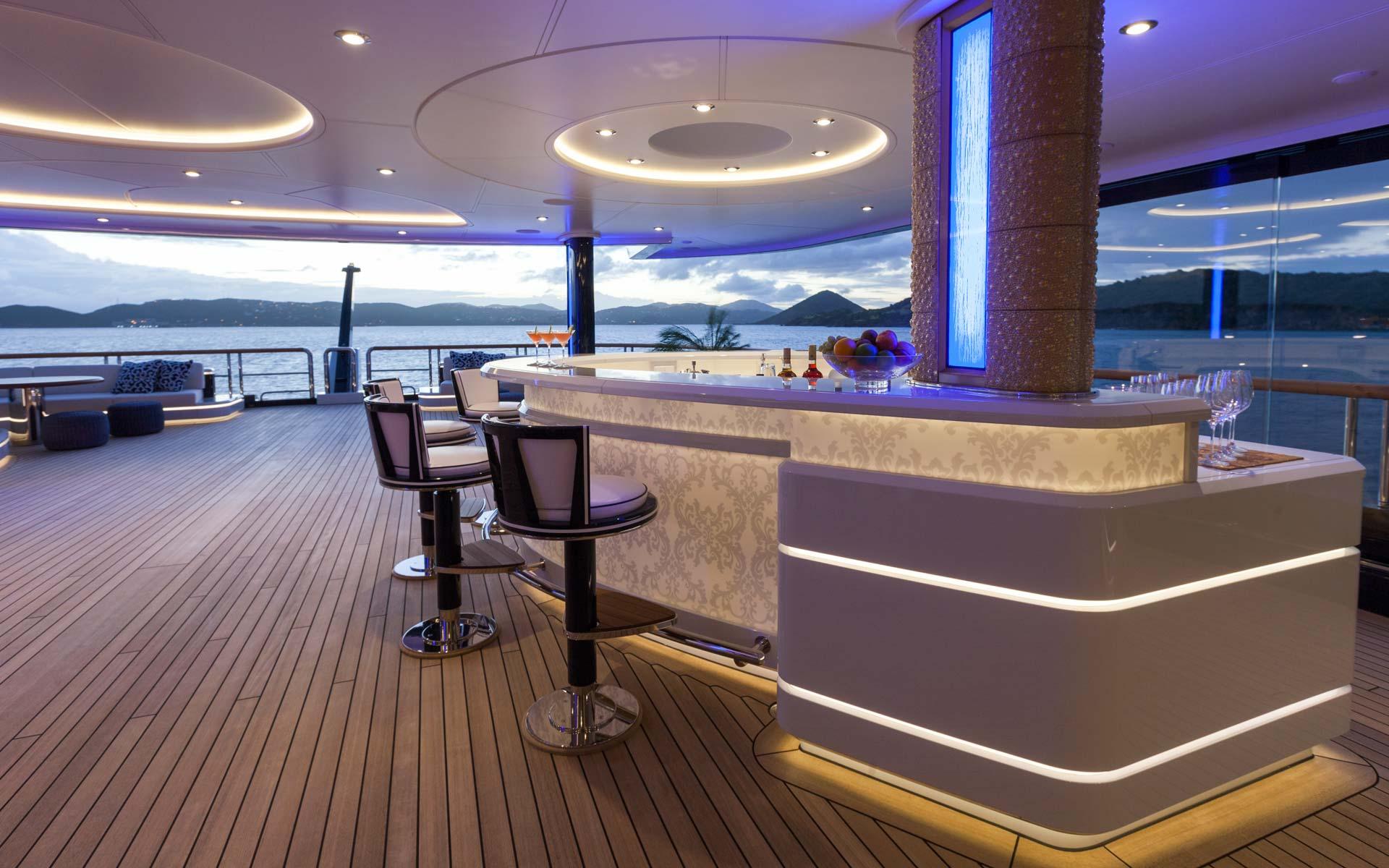Yacht Solandge - Bar