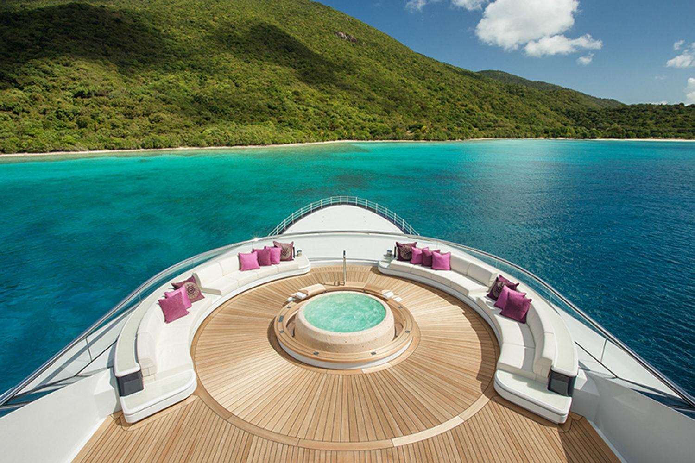 Yacht Solandge - Caribbean Jacuzzi