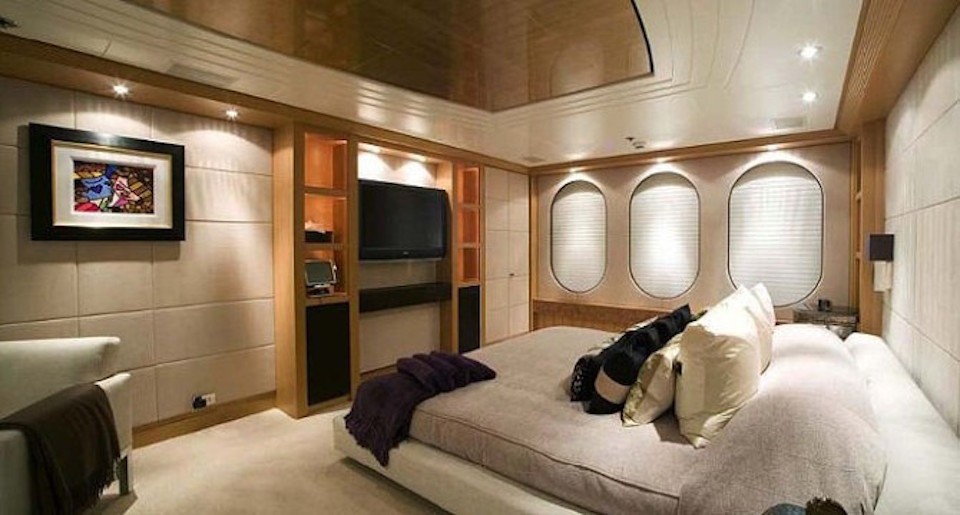 Double Cabin