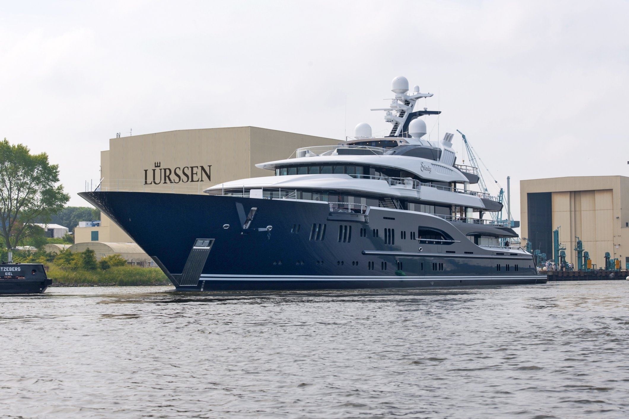 Superyacht-solandge Launched By German Yacht Buildr Lurssen