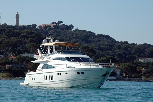The 24m Yacht D5