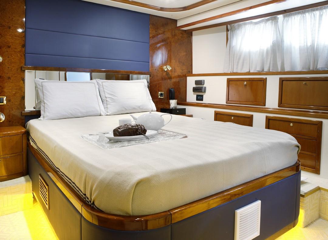The 30m Yacht DREAM B