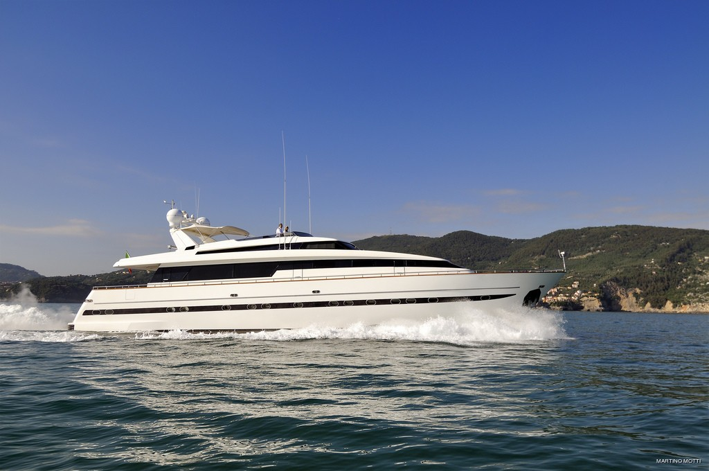 The 31m Yacht ARIA