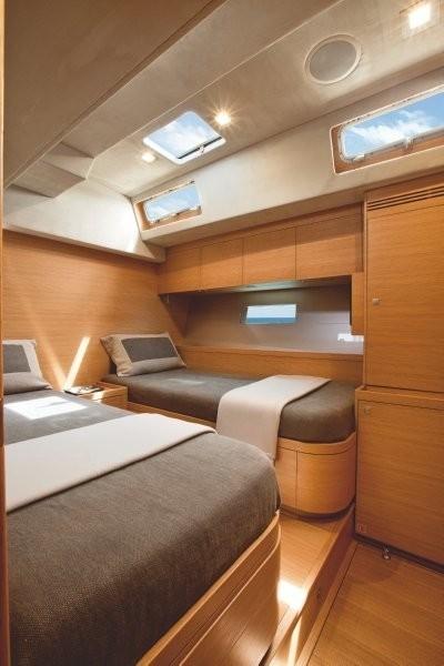 The 31m Yacht XNOI