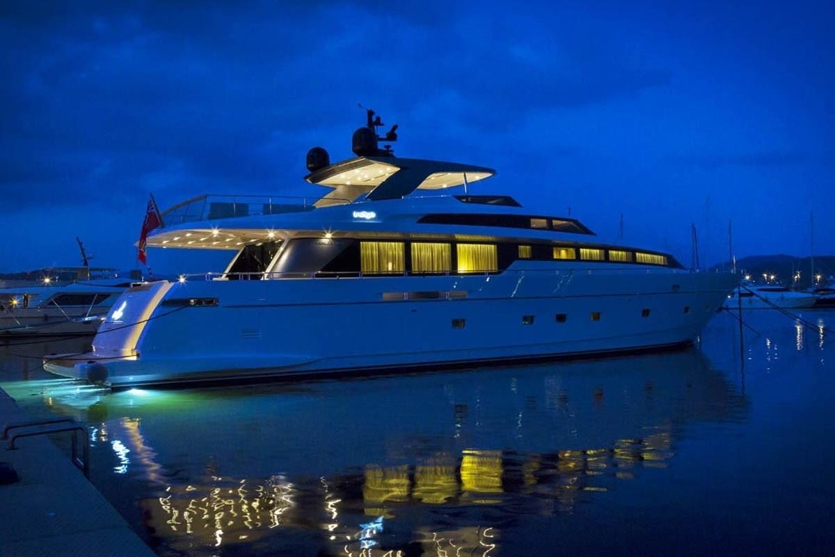 The 32m Yacht INDIGO