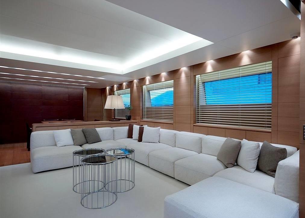 The 33m Yacht FELIGO V