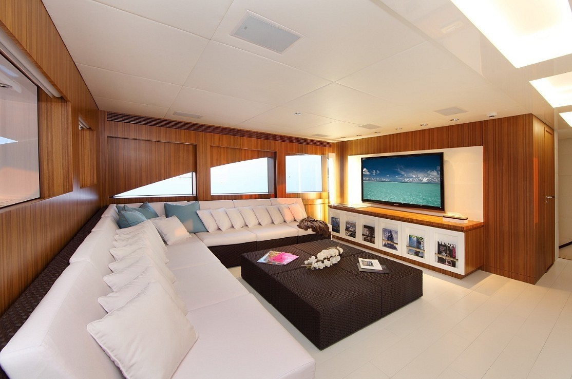 The 33m Yacht SEA SHELL