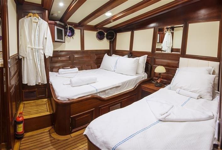 The 34m Yacht GRANDE MARE
