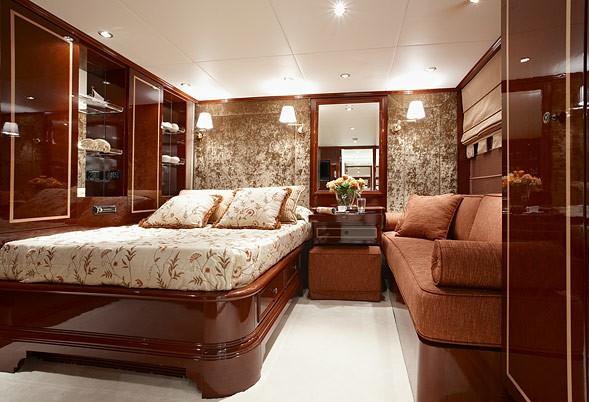 Cabin Aboard Yacht IRAKLIS L