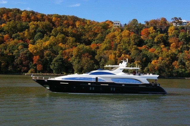 The 35m Yacht VIVERE