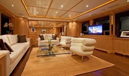 Premier Saloon On Board Yacht AFRICAN QUEEN