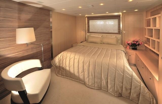VIP Stateroom On Yacht ESPRESSO