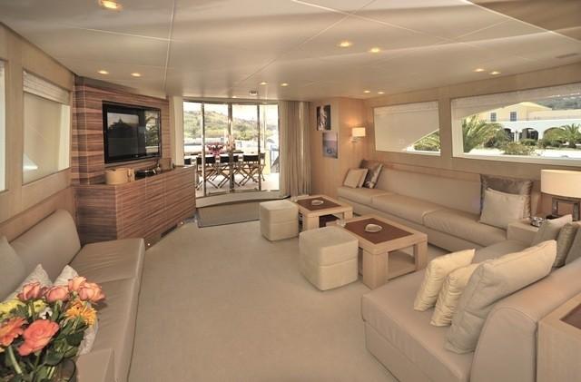 Saloon Aboard Yacht ESPRESSO