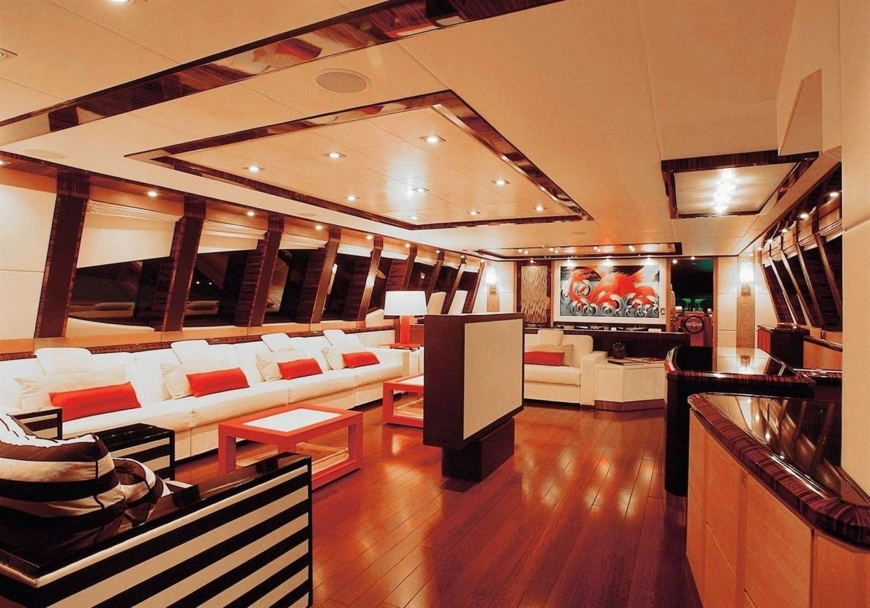 Saloon On Yacht DRAGON