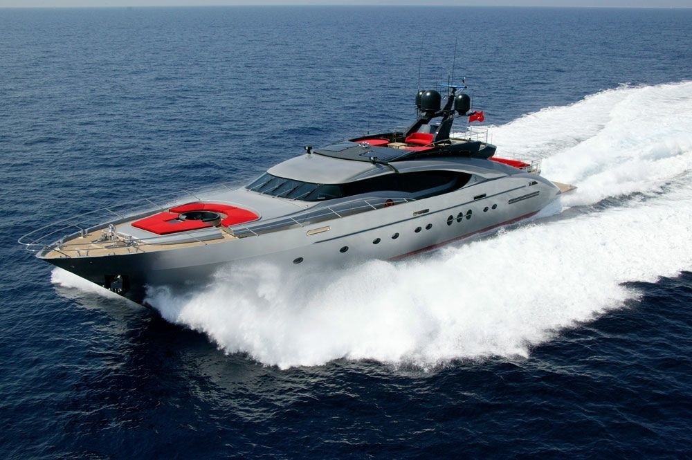 Forward: Yacht DRAGON's Cruising Pictured