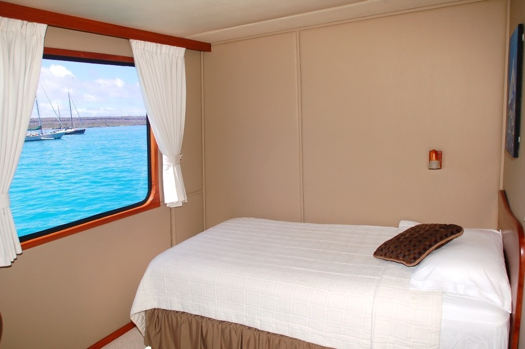 Single Sized Stateroom Including Twin Bed Berth On Board Yacht INTEGRITY