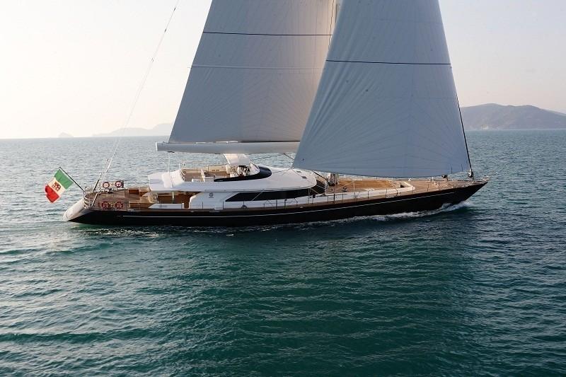 The 45m Yacht CLAN VIII