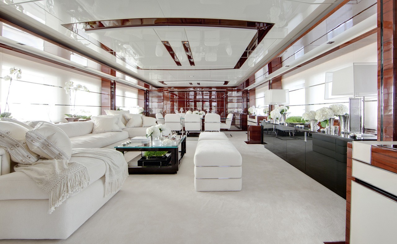 Saloon Top Deck Sitting On Yacht WILD ORCHID I