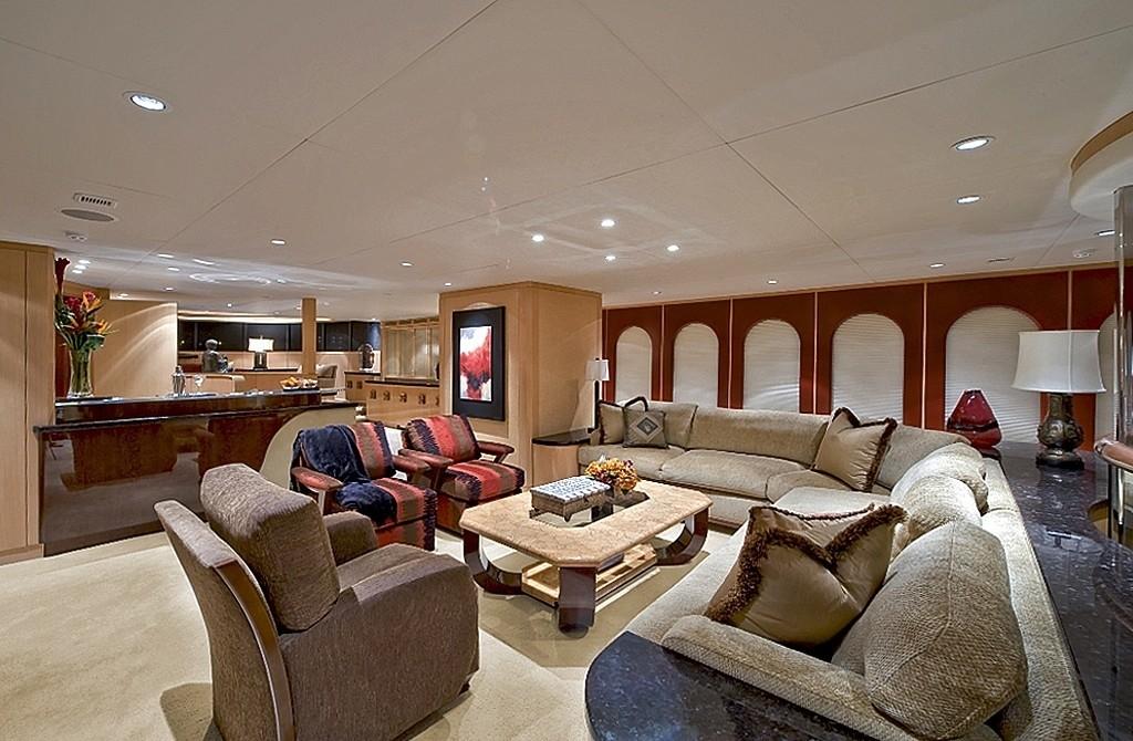 Premier Saloon On Board Yacht TRIUMPHANT LADY