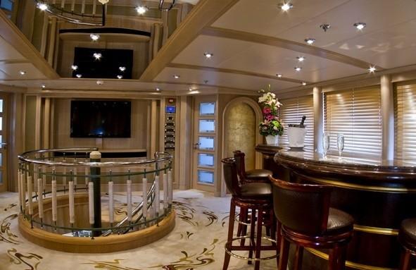 Sky Lounging Drinks Bar Aboard Yacht MESERRET II