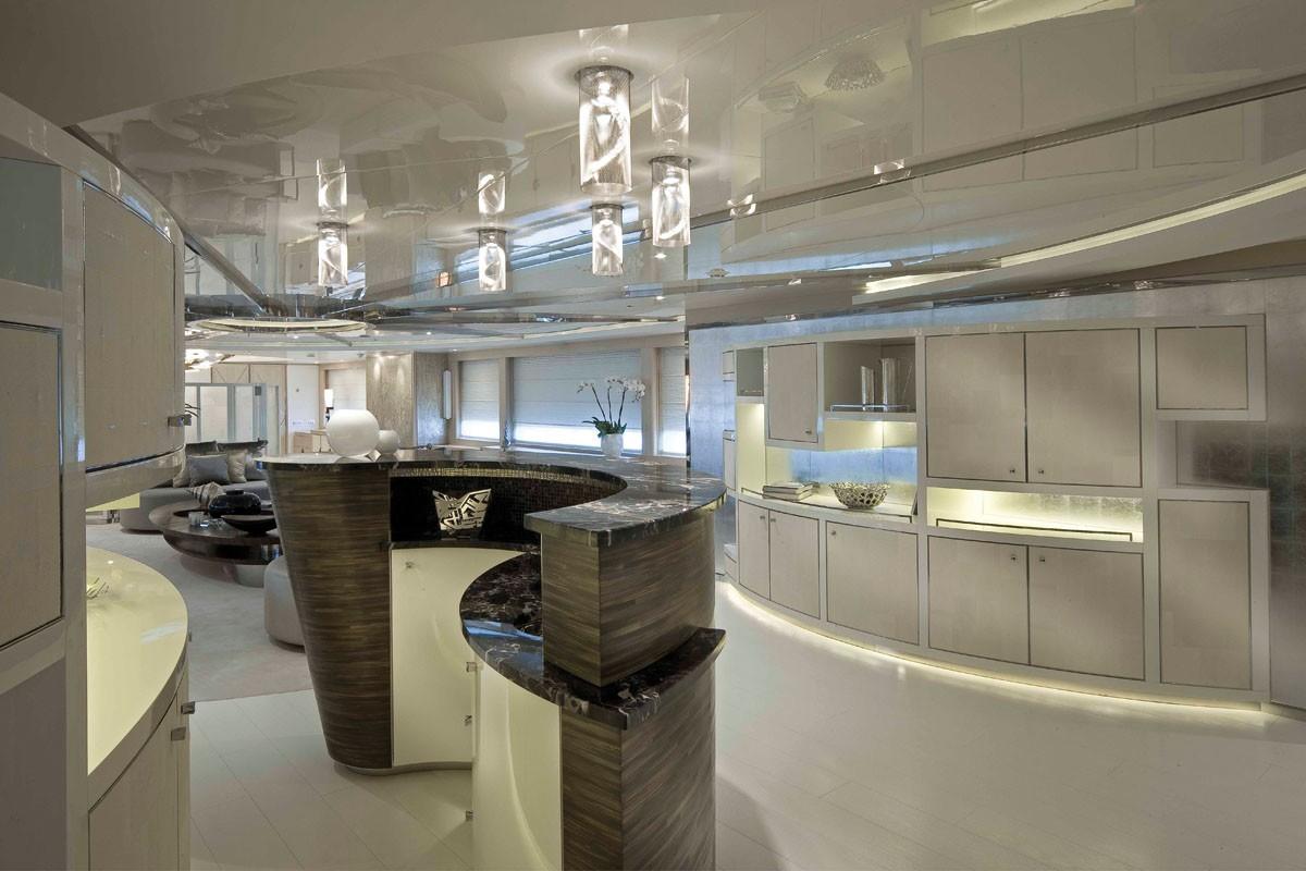 Premier Saloon On Yacht LIGHT HOLIC