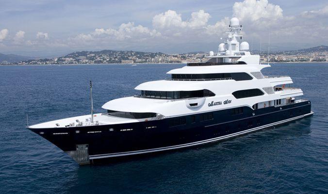 Profile Aspect On Board Yacht MARTHA ANN