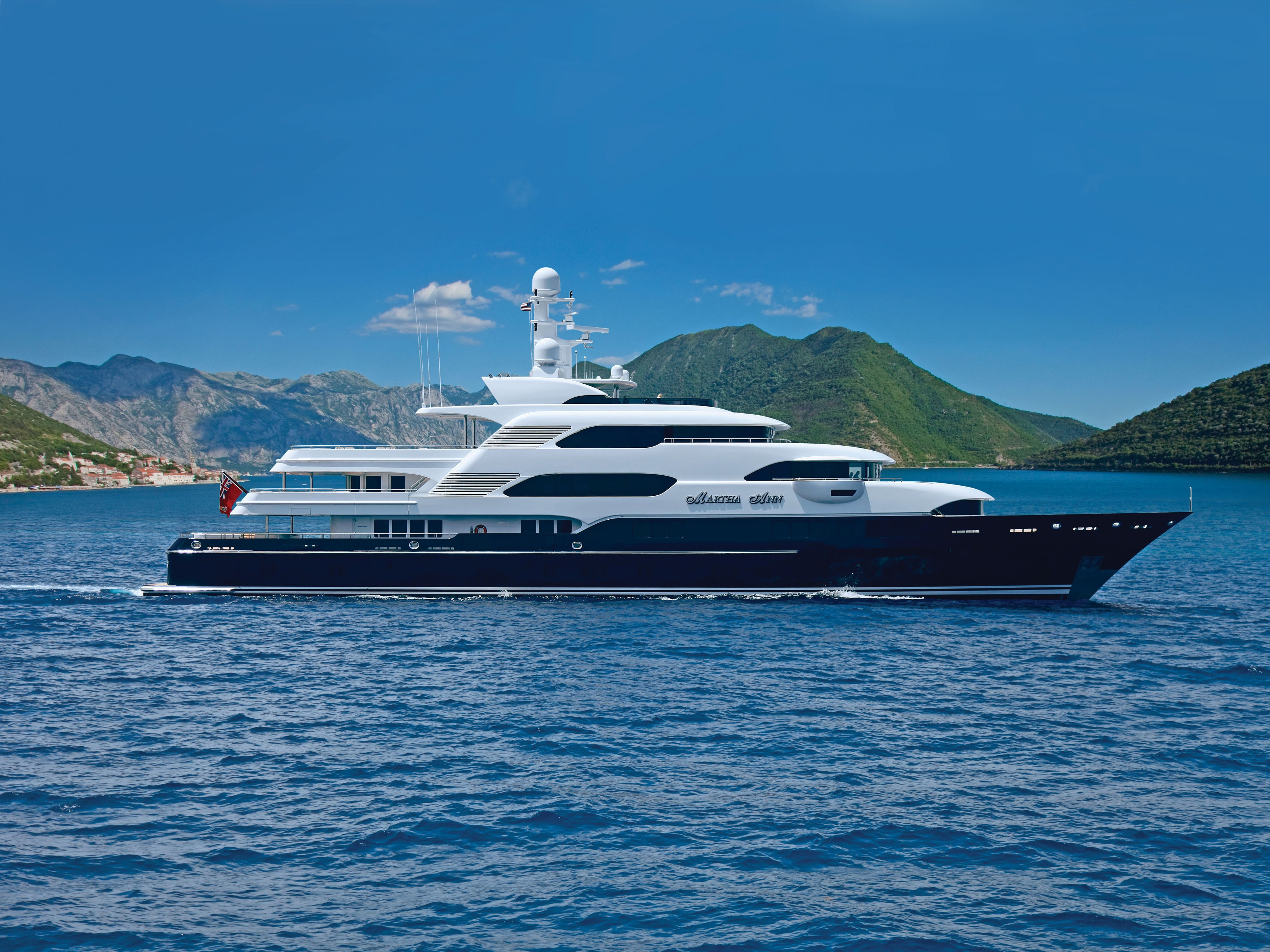The 70m Yacht MARTHA ANN