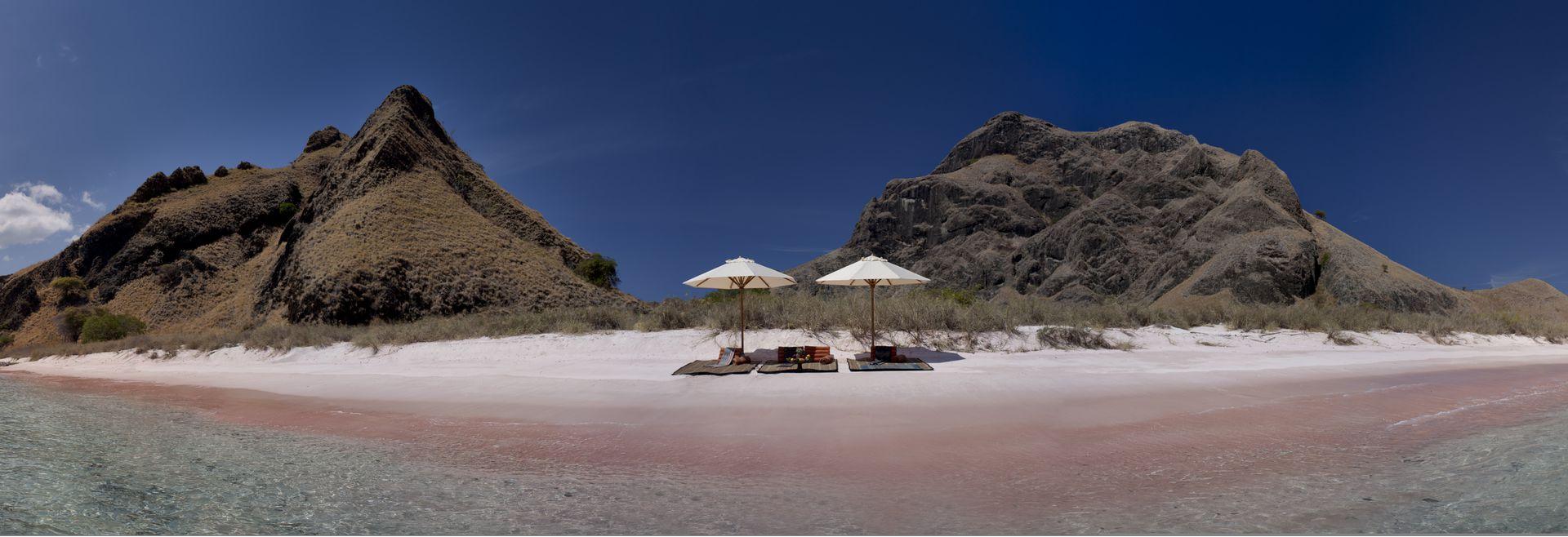 Pink Beach SI DATU BUA