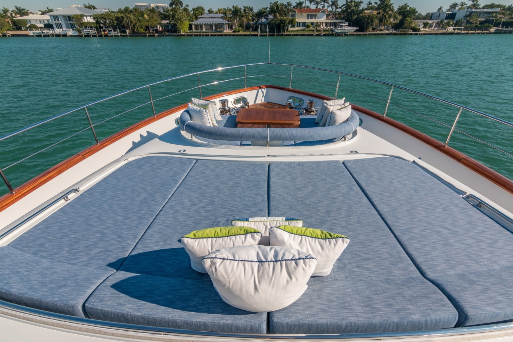 Bow Sunpads And Seating