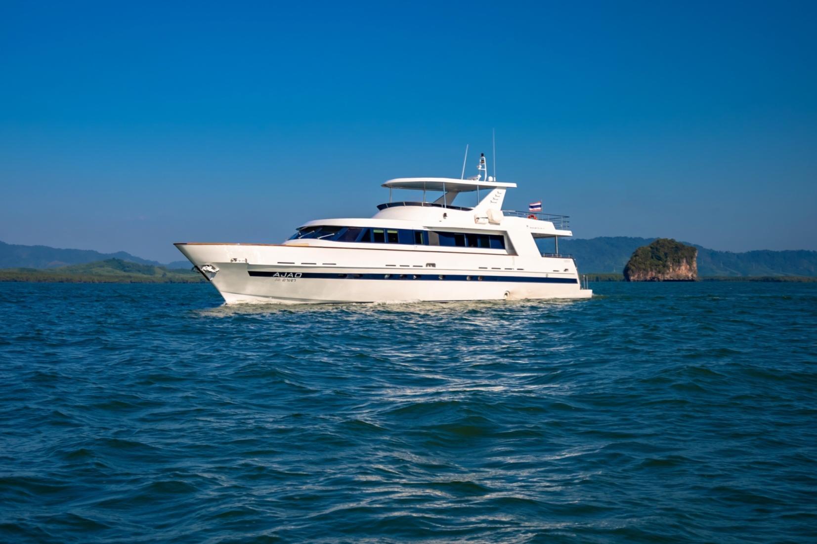 27m Motor Yacht AJAO - Cruising
