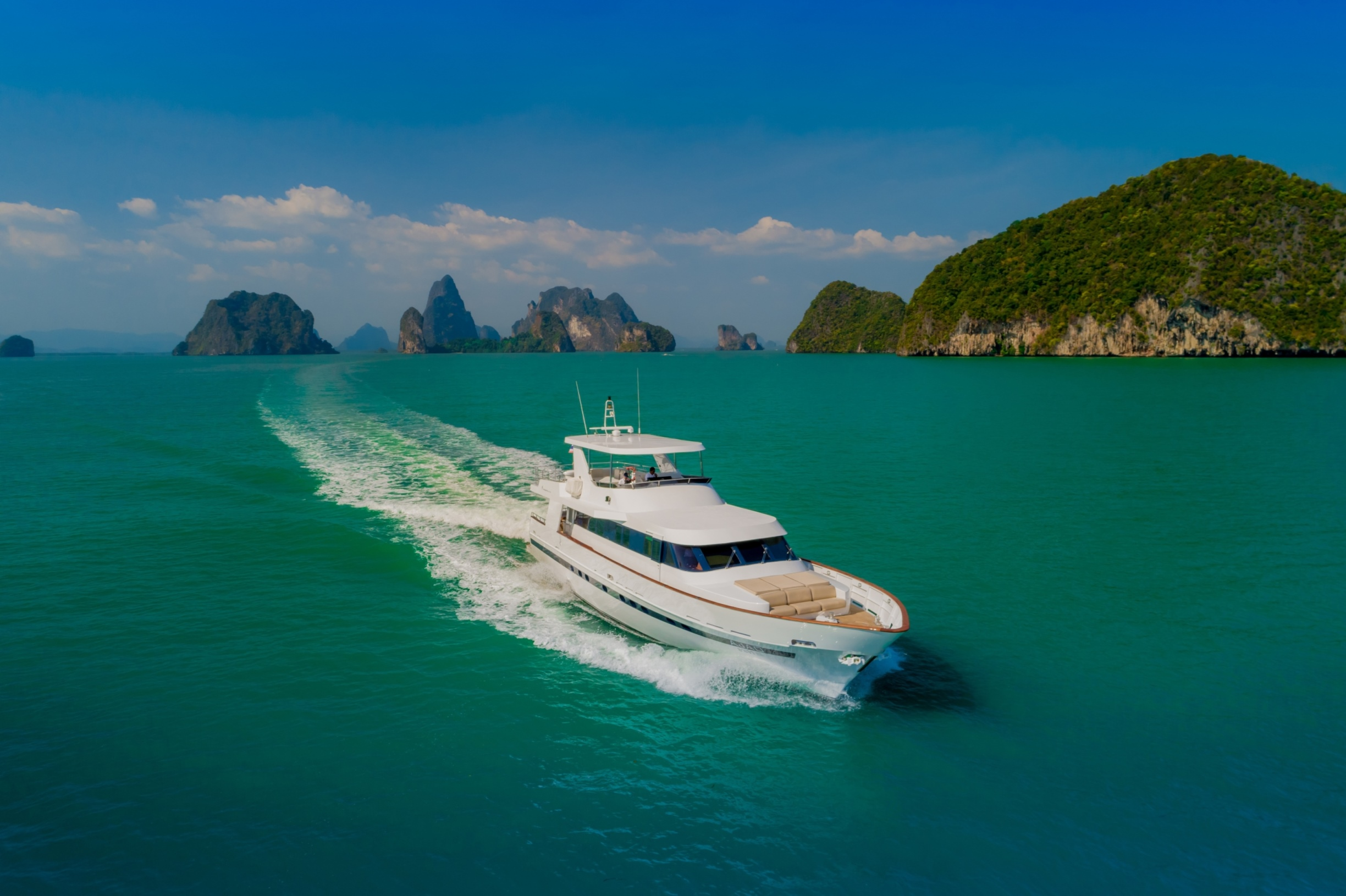 27m Motor Yacht AJAO - Aerial view